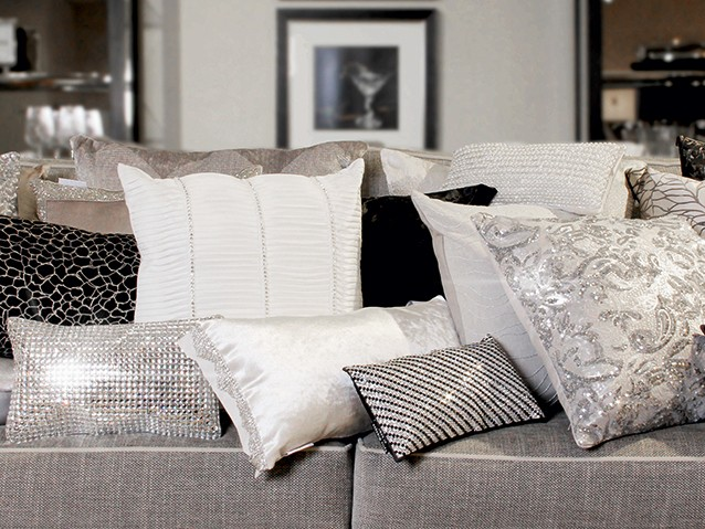 GET THE LOOKGLAMOUR CUSHIONS