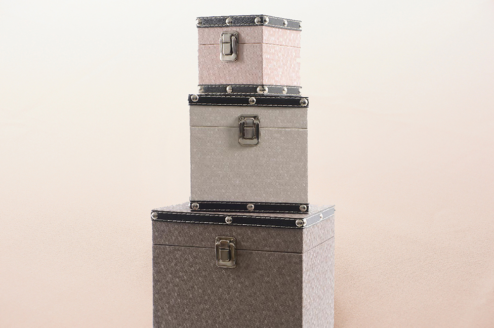 leather-cube-boxes