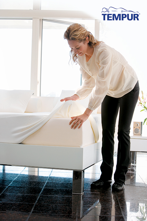 Mattress-Protector-Lifestyle-2014-Logo-small