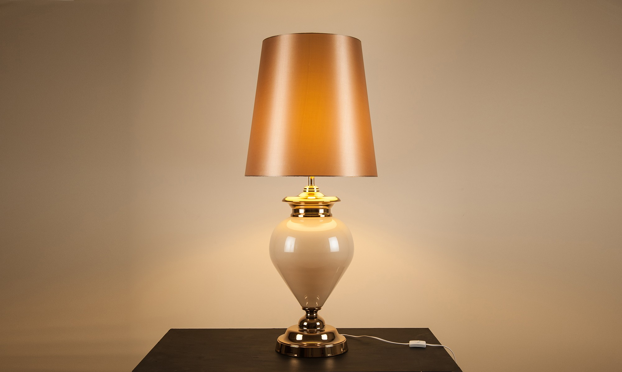 albany statement lamp