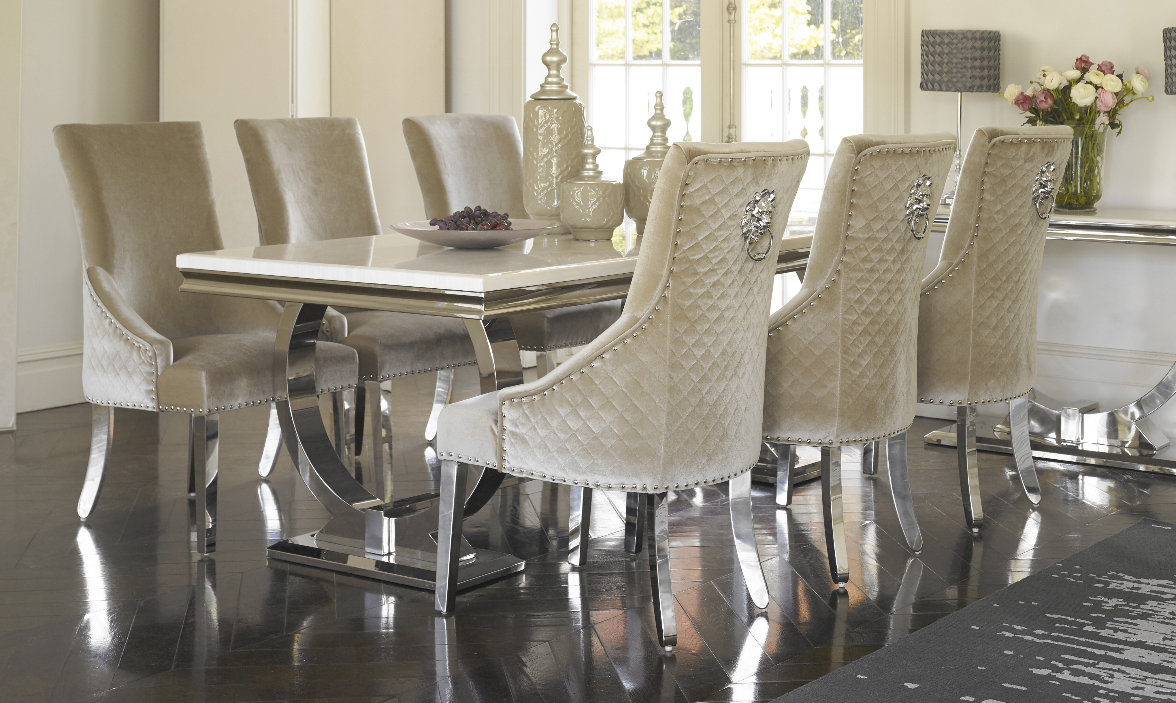 Soprano Table & 6 Versailles Chairs Room Portrait
