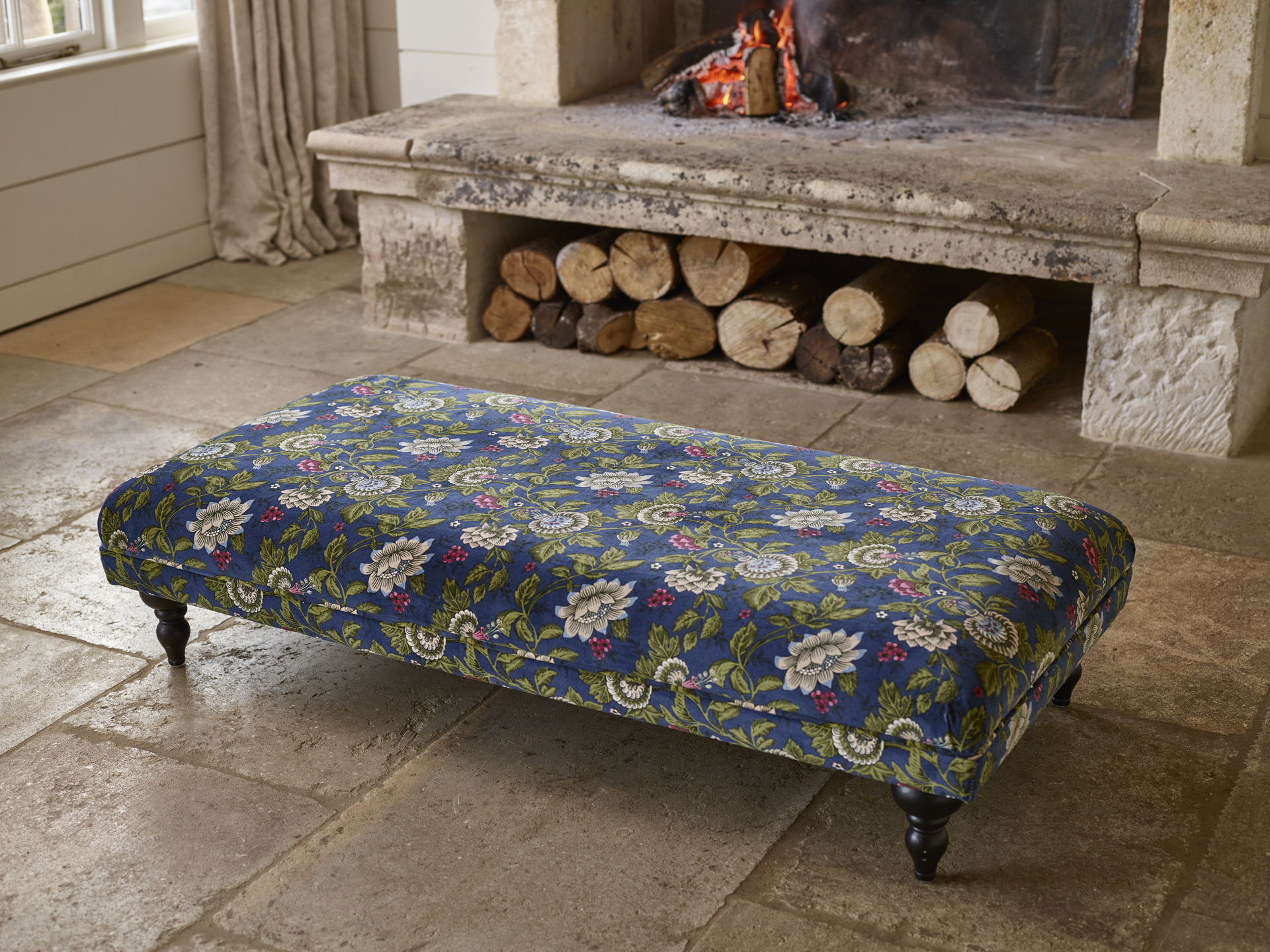 Boutique Non-Buttoned Footstool