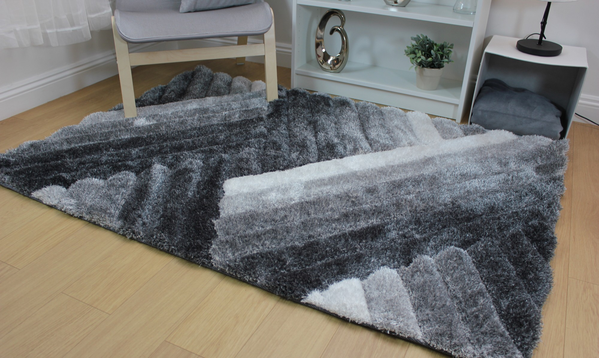 Rugs for March 4