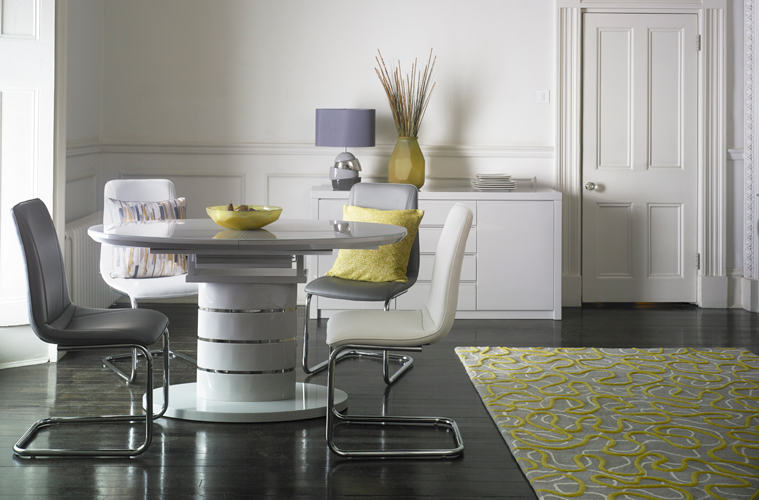 choose a dining table