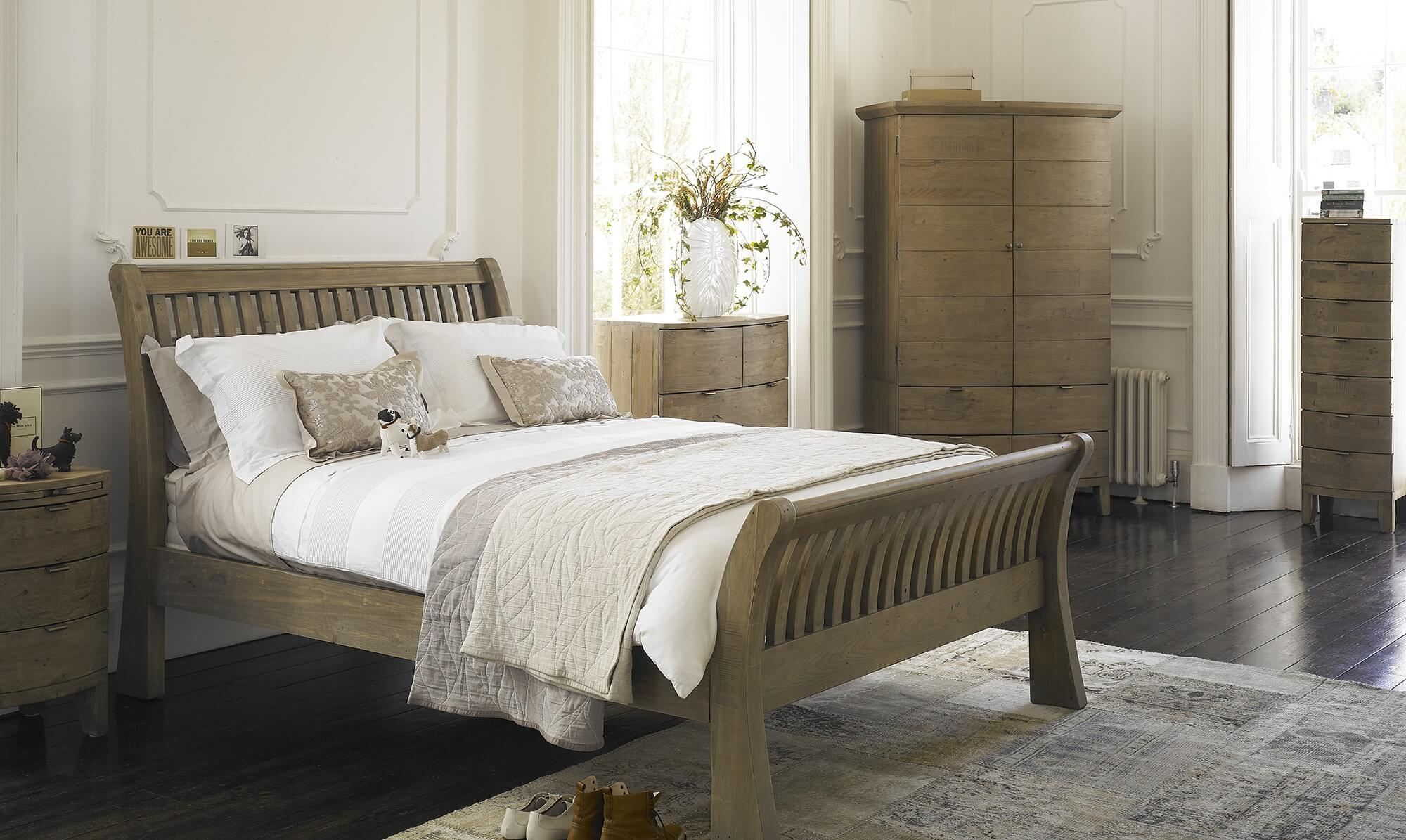 Fairmont wooden bed frame from Fishpools