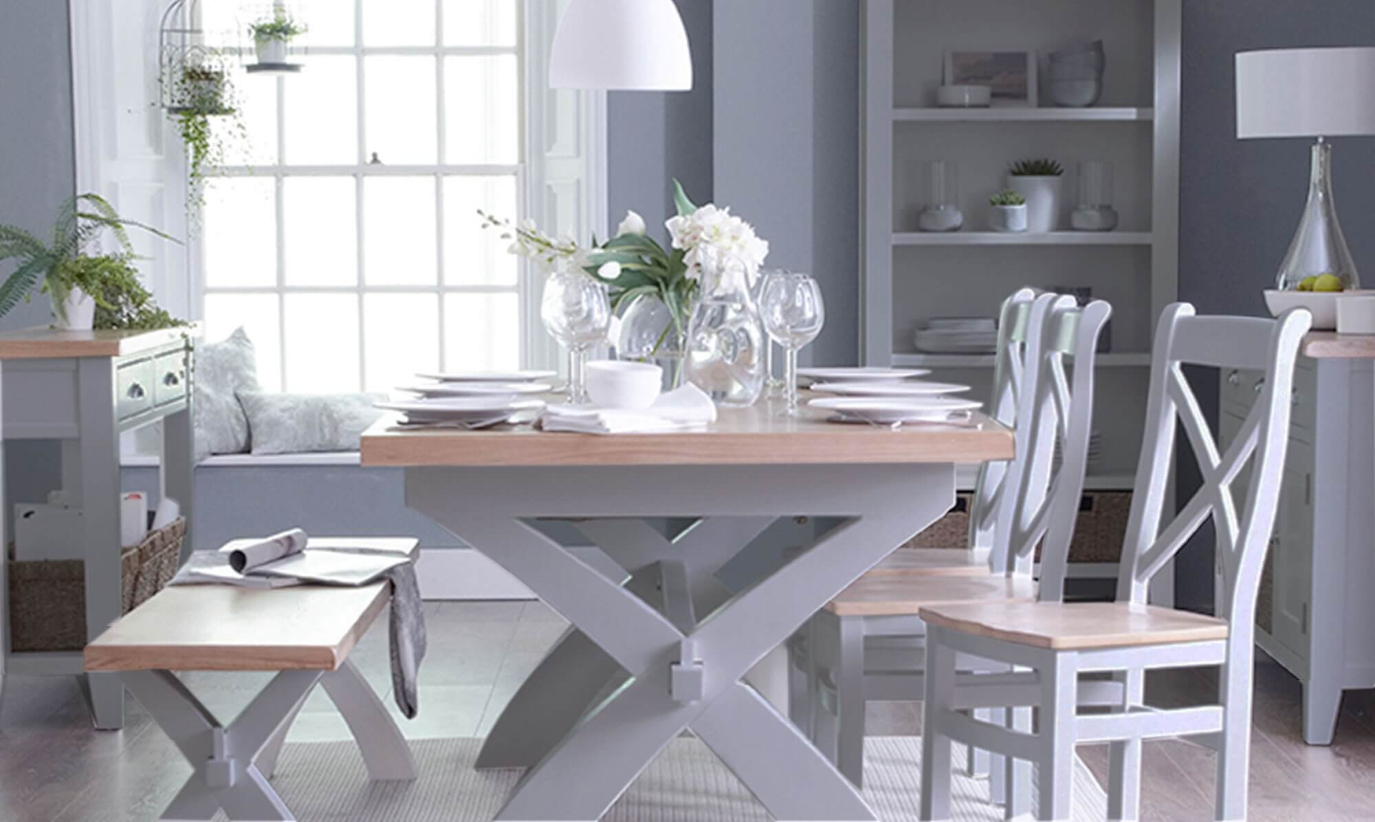White and oak dining table - Fishpools