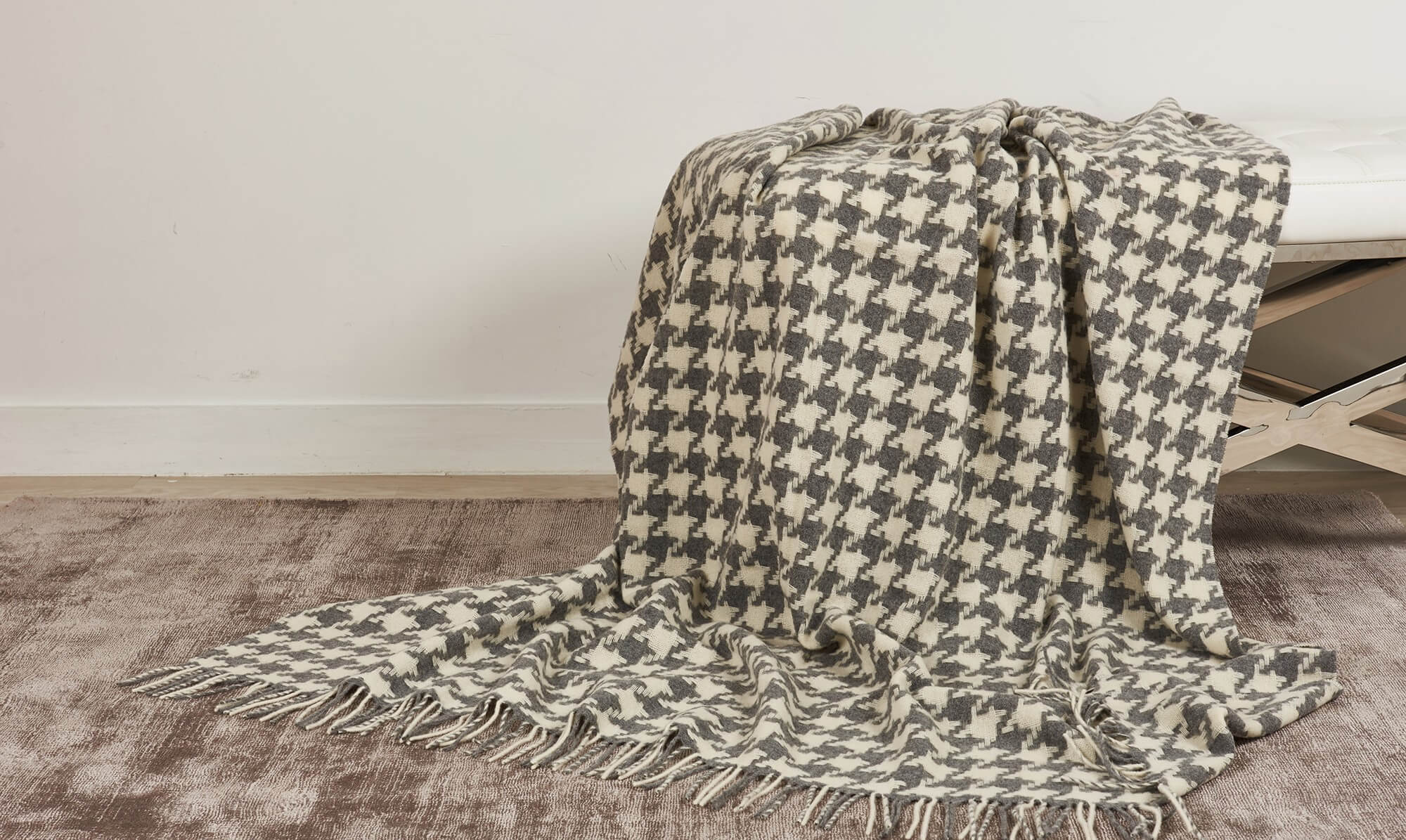 Soft houndstooth throw from Fishpools