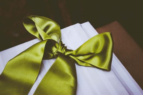 Silk bow gift wrapping for Mother's Day gift - Fishpools