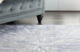 Fishpools silky rug in blue-grey