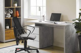 Polaris office desk and chair