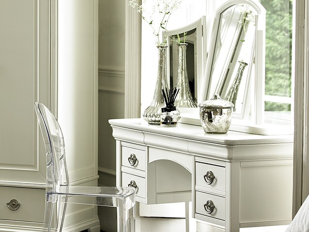 All dressing tables