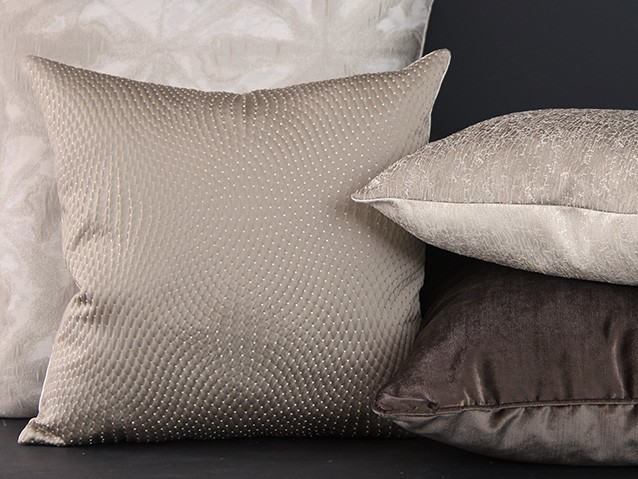 Natural & brown cushions