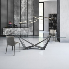 Cattelan Italia Skorpio Glass - Dining Table With Clear Glass Top & Graphite Base 300 x 120cm