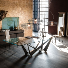 Cattelan Italia Skorpio Glass - D End Dining Table With Clear Glass Top & Graphite Base 300 x 120cm
