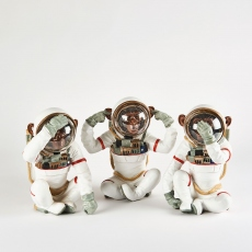 Buzz Astronaut - Hear No Evil