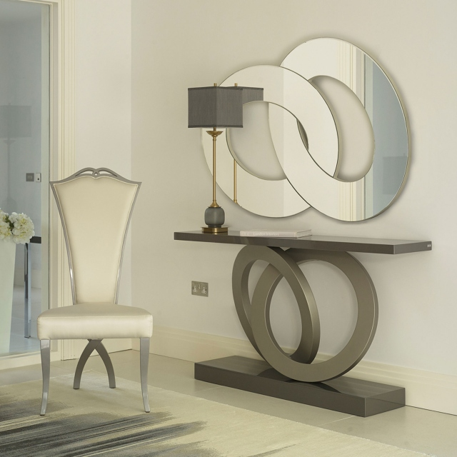 Rovella - Console Table In High Gloss Lacquer With Matt Lacquer Rings