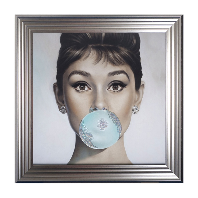 Bubblegum Beauty - Audrey