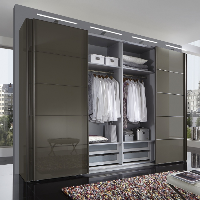 Hilton - 225cm Sliding-Door Wardrobe With 3 Glass Doors In Havana Finish