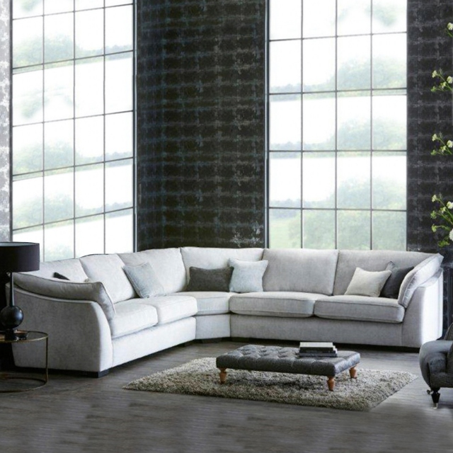 Infinity - RHF Chaise Section
