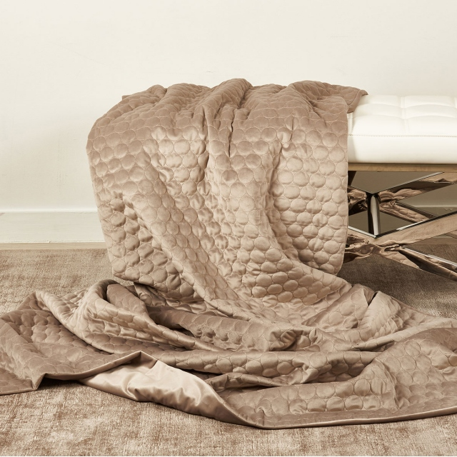 Halo Throw Taupe