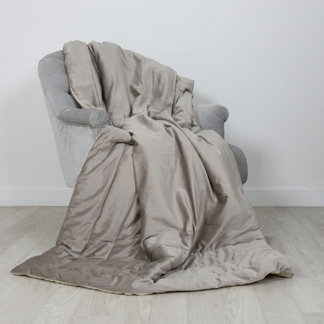 Laurence Llewelyn-Bowen Chic Velour Throw Linen