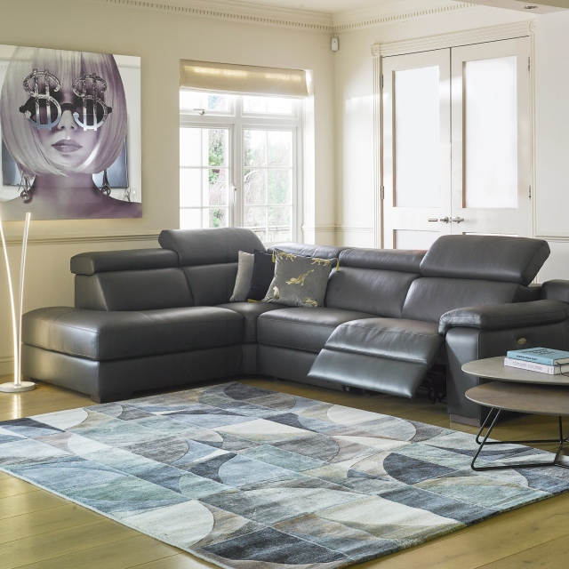 Selvino - 3 Seat Sofa In Leather