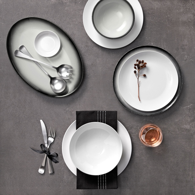 Maxwell & Williams Caviar Granite Dinner Set 12 Piece