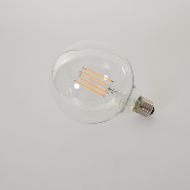 LED Globe 8w ES Clear Warm White