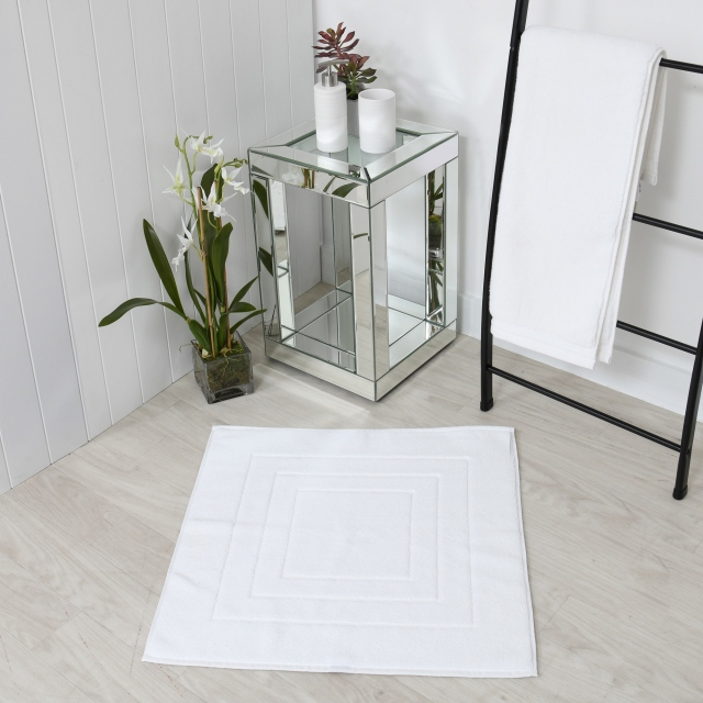 Pure Bathmat White