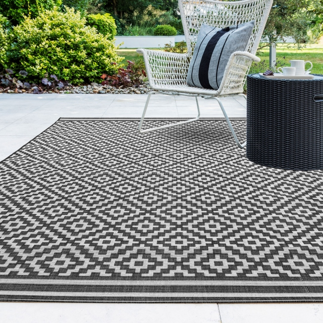 Patio Rug PAT12 Diamond Mono